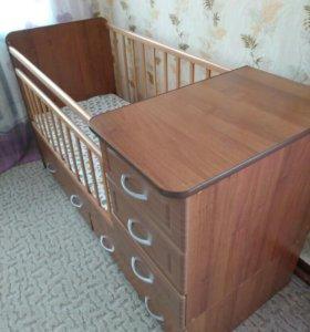 Детская кроватка трансформер.
