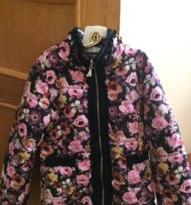 Куртка для девочки. Рост 110.