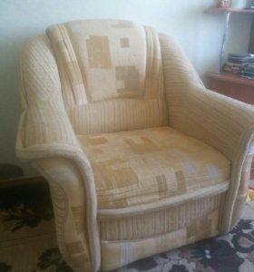 Продаются 2 кресла.