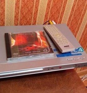 Видеоплеер BBK DV313S