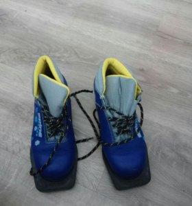 Детские ботинки для лыж
