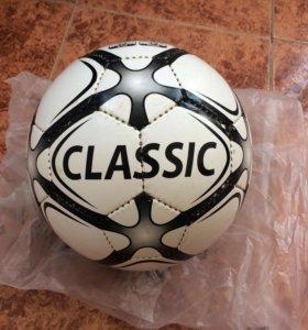 Футбольный мяч Classic