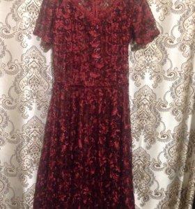 Платье 50р новое ткань кружево