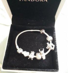 Серебряный браслет Пандора с серебрчными шармами