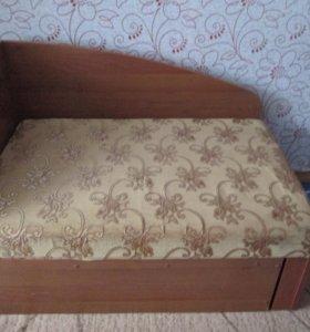 Продаю детский диван