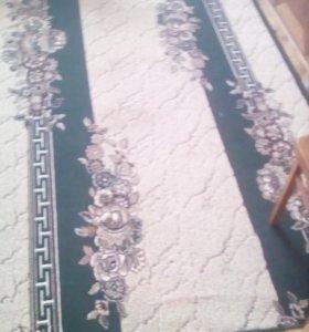 Продам ковры и дорожки