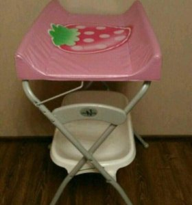 Пеленальный столик с ванночкой
