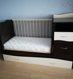 Кровать-трансформер, набор в кроватку, матрас