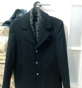 Новое Пальто, 50 размер.