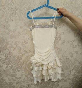 праздничное платье для девочки от 6 до 9 лет