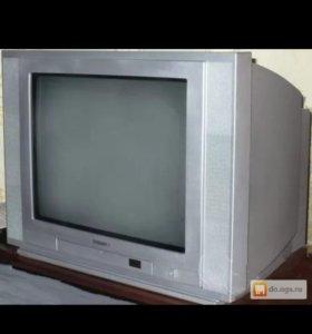 телевизор Томсон отличное состояние.показывает отл