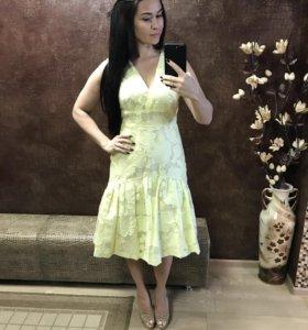 Платье на выход новое