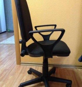 Компьютерные кресла. Новые!!!