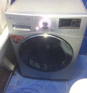 Стиральная машинка с функцией пара LG 7 килограмм