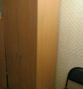 Шкаф распашной двухстворчатый