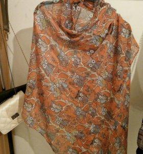 Шарф женский оранжевый с совами.