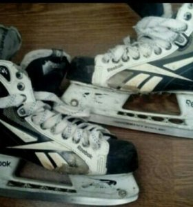 """Хоккейные коньки reebok 6k размер 8.5"""". Лезвия"""