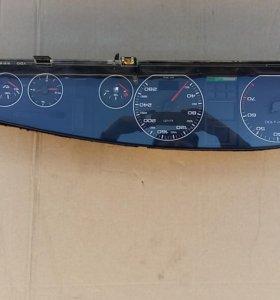 приборная панель ( приборка)ауди а6 100 с4
