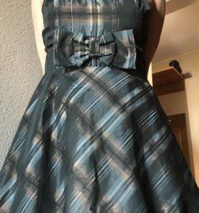 Платье коктейльное М