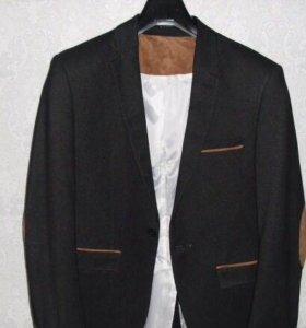 Пиджак. (+2 рубашки)