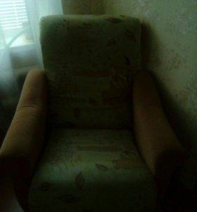 Продам 2 кресла б/у в отличном состоянии