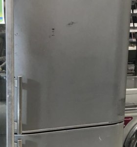 Холодильник Hotpoint-Ariston RMBH 1200 F