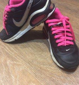 Кроссовки для девочки NIKE AIR