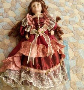 Фарфоровая кукла 40 см