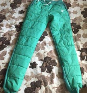 Утеплённый спортивный костюм