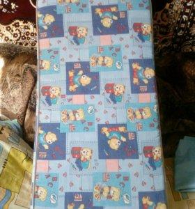 Продам матрас в детскую кровать