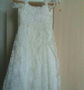 Платье на 6-7 лет.р-122-128