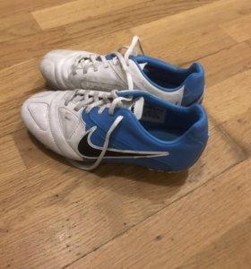 Новые бутсы Nike, размер 35,5