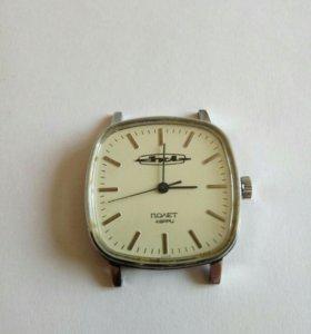 Часы Полет с логотипом Зил.