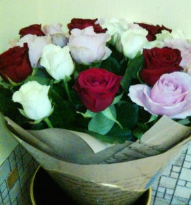 25 роз с доставкой спб в бумаге