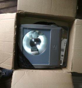 Прожектор филипс 150 Вт