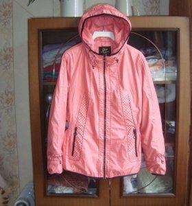 Куртка ветровка 48-50 на подкладке Новая
