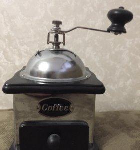 Кофемолка ручная (новая)