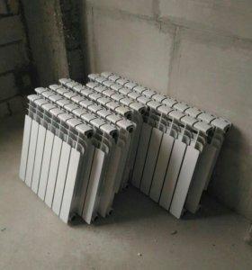 Радиаторы отопления 12 шт.