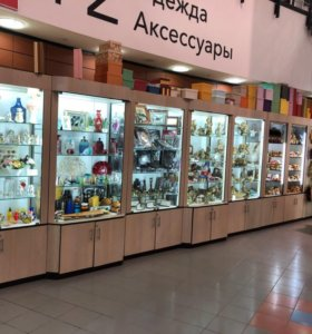 Торговое оборудование, под сувениры или другое