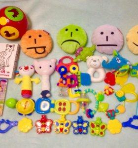 Пакет игрушек от 0 до 1 годика