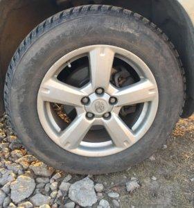 Диски литые 17r на Toyota rav4