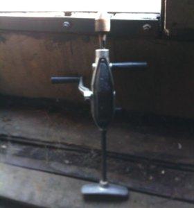 Ручная дрель