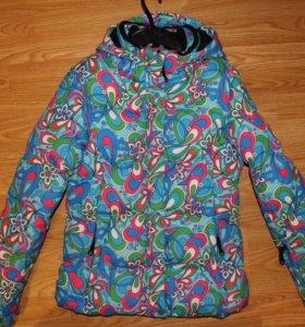 Горнолыжная куртка размер XS
