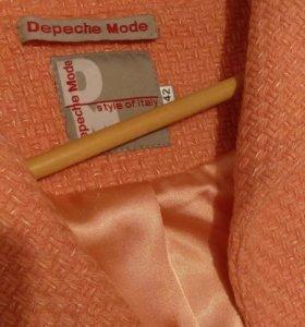 Женское пальто 42 размер