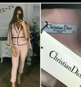 костюмы ChristianDior