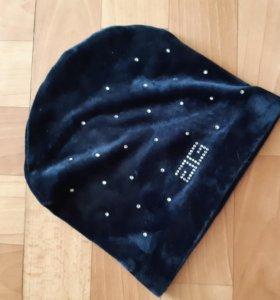 Велюровая новая шапка