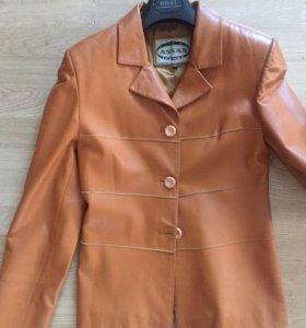 Пиджак кожаный Италия