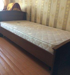 Кровать 90x200 с матрацем