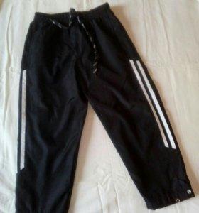 Спортивные брюки с подкладом на  4-5 лет болоньевы