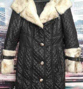 Пальто, пехора, горнолыжка.